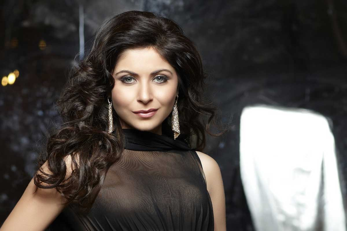 people-criticised-me-for-being-a-bad-performer-kanika-kapoor